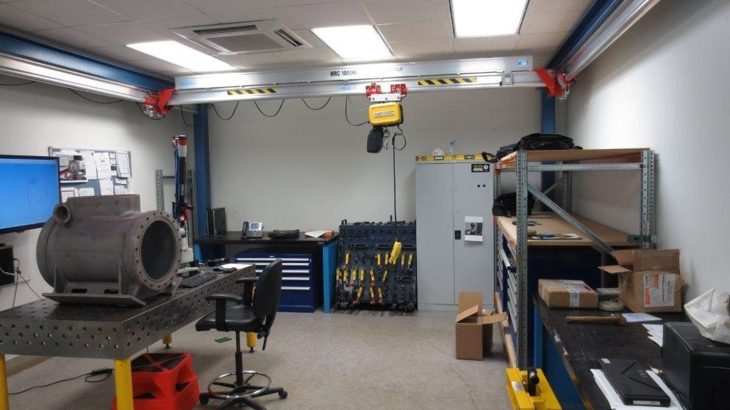 low headroom gantry and close coupled hoist offer maximum space