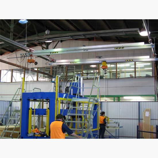 Roof mounted gantry crane, vacuum lifting unit, aluminium gantry crane, aluminum gantry crane, lightweight gantry crane, twin cross travel gantry crane